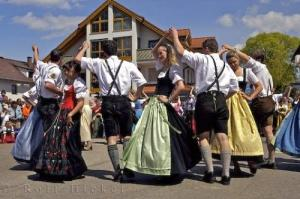 traditional-bavarian-dance_9847